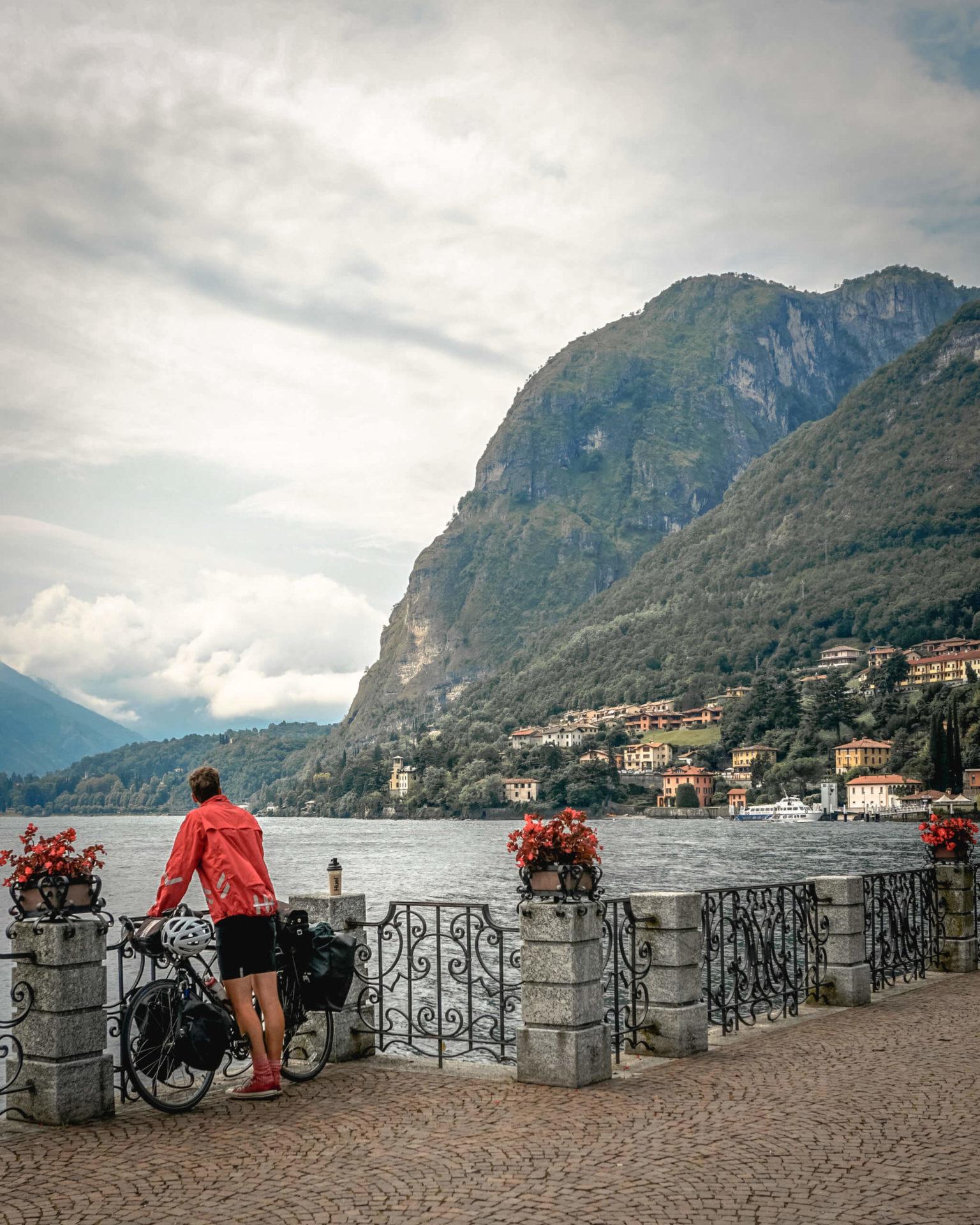 Cycling Lake Como